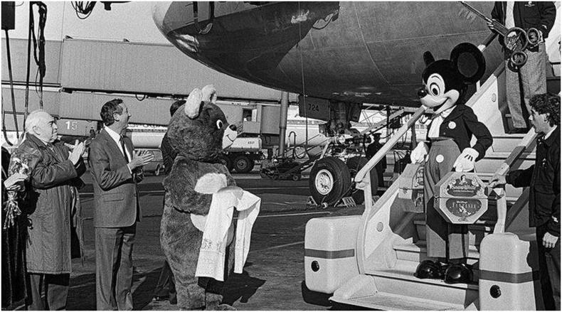 Мики Маусын ЗХУ дахь анхны албан ёсны айлчлал, 1980 он