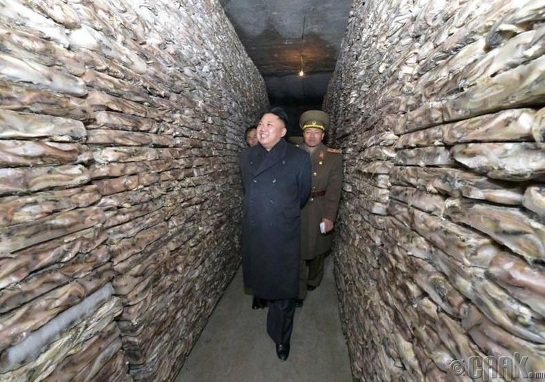 Солонгосын Ардын армийн 313-р цэргийн ангийн загас агнуурын газарт, 2013 оны 12 сарын 16