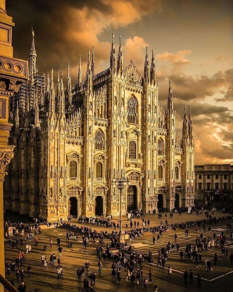 Милан сүм, Итали.