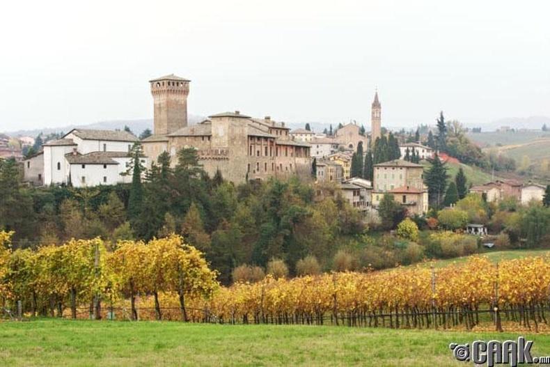 Модена, Итали: Гэрийн паста, улаан дарс, таны мөрөөдлийн пармезан бяслаг