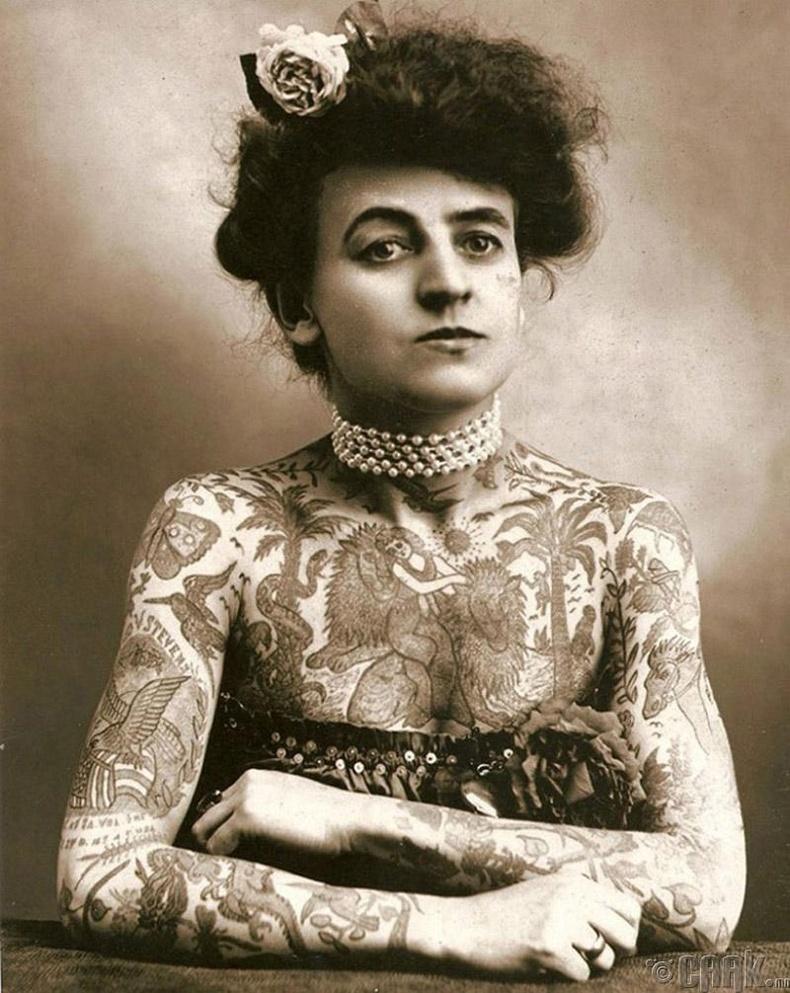 АНУ-д шивээс хийж сурсан анхны эмэгтэй Мауд Вагнер (Maud Wagner) - 1907 он