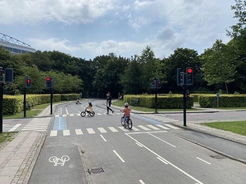 Хүүхдүүдэд замын хөдөлгөөний дүрэм заах тоглоомын талбай Копенхагенд бий