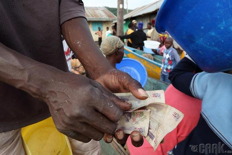 Зарим иргэдэд сонин худалдаж авах ч мөнгө байдаггүй