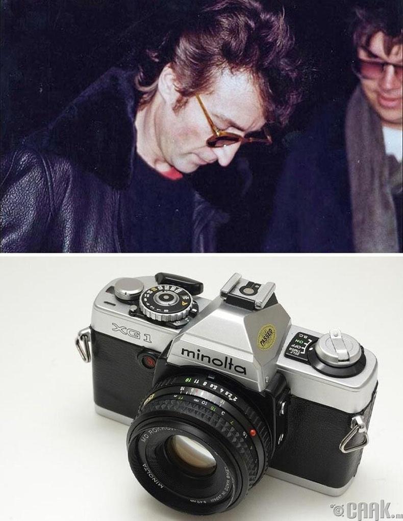"""Жон Леннон болон Марк Дэвид Чепмен"", Пол Гореш, 1980 он. ""Minolta Xg-1"" камер"