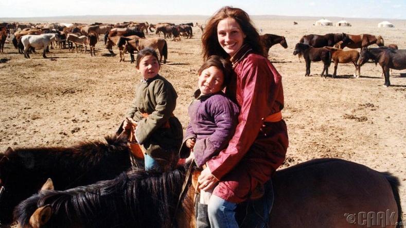 julia roberts horse mongolia