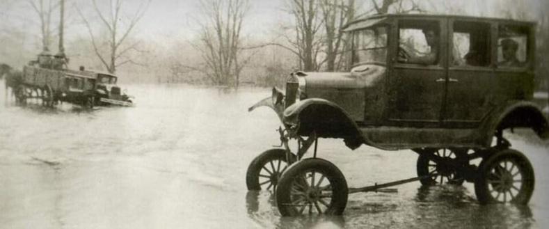 """""""Ford Model T"""" автомашин гүн усанд ингэж явдаг байжээ"""