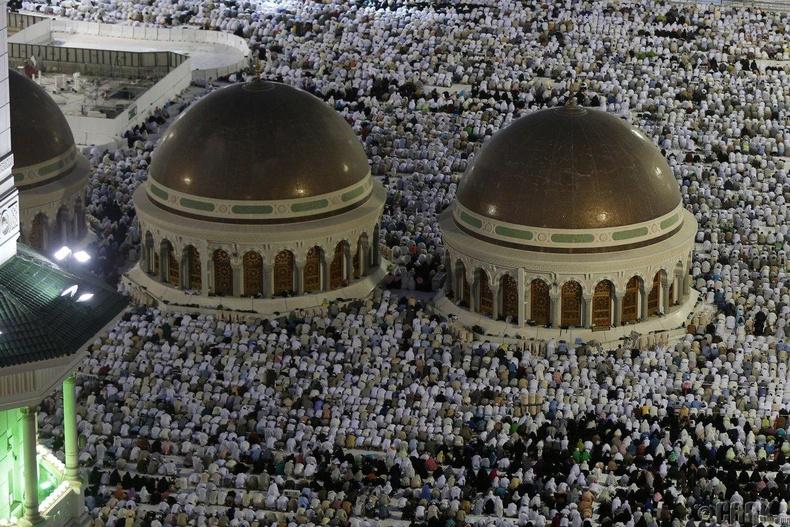 Исламын сүсэгтнүүд жил бүр болдог Хаж мөргөлийн үеэр - Мекка хот, Саудын Араб