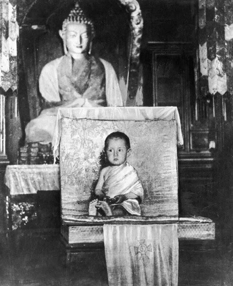 Дээрхийн гэгээн 14-р Далай Лам - 1937 он