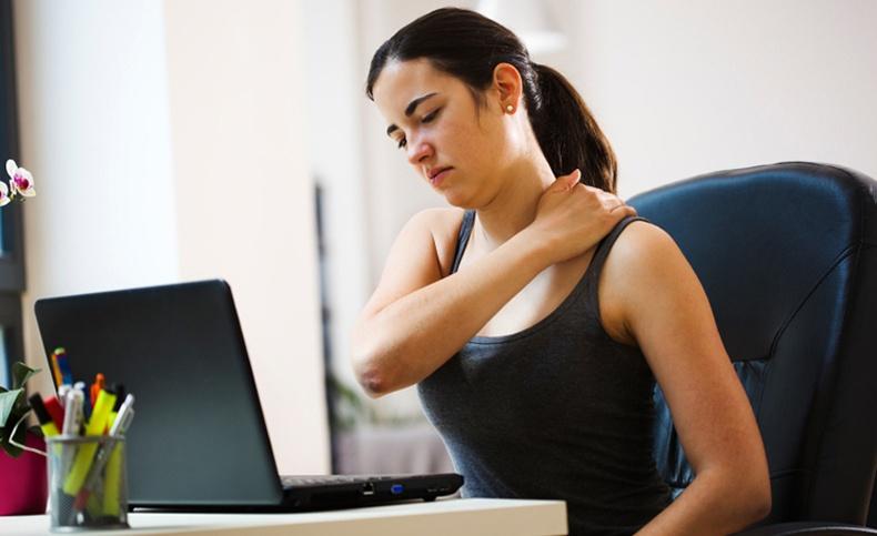 Хүзүү болон нурууны өвдөлтийг 3 минутын дотор хэрхэн намдаах вэ?