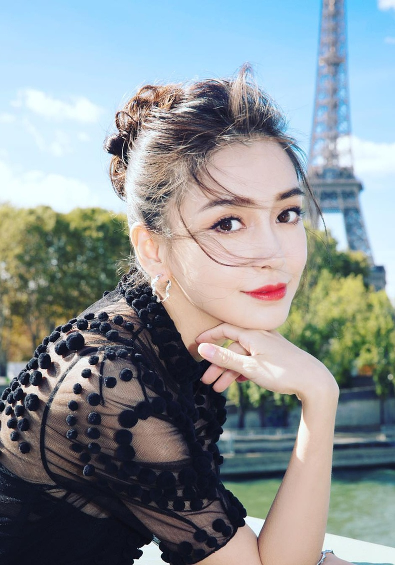Анжела Ян Ин (Angela Yeung Wing), 31 нас