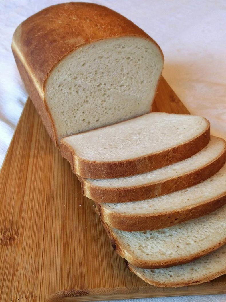 Талхыг ингэж зүсч чадах хүн байна уу?