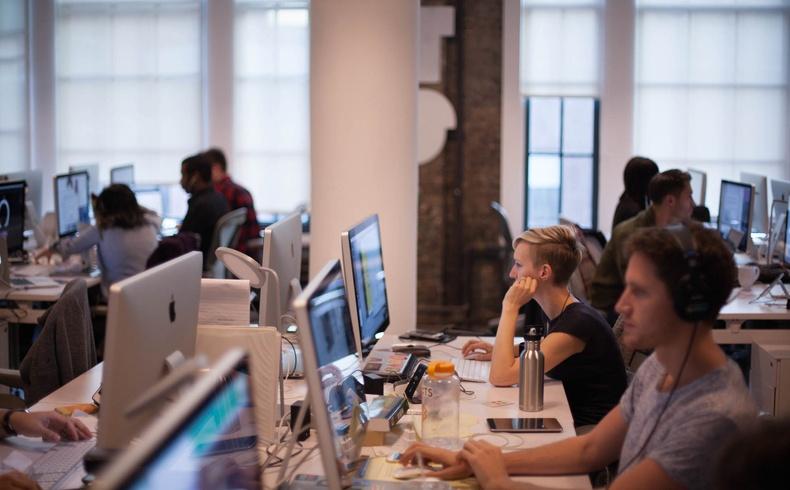 Хүмүүсийн хамгийн ихээр ажилд орохыг хүсдэг 15 компани