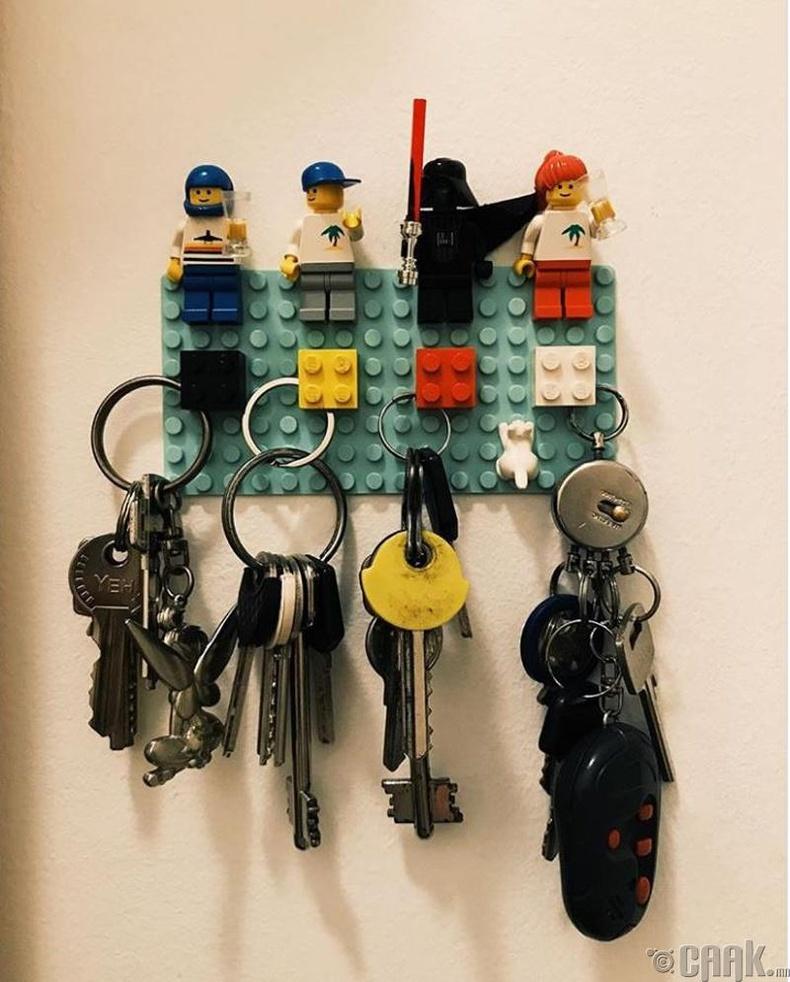Лего тоглоомыг түлхүүрийн өлгүүр болговол та дахиж хэзээ ч түлхүүрээ авахаа мартахгүй