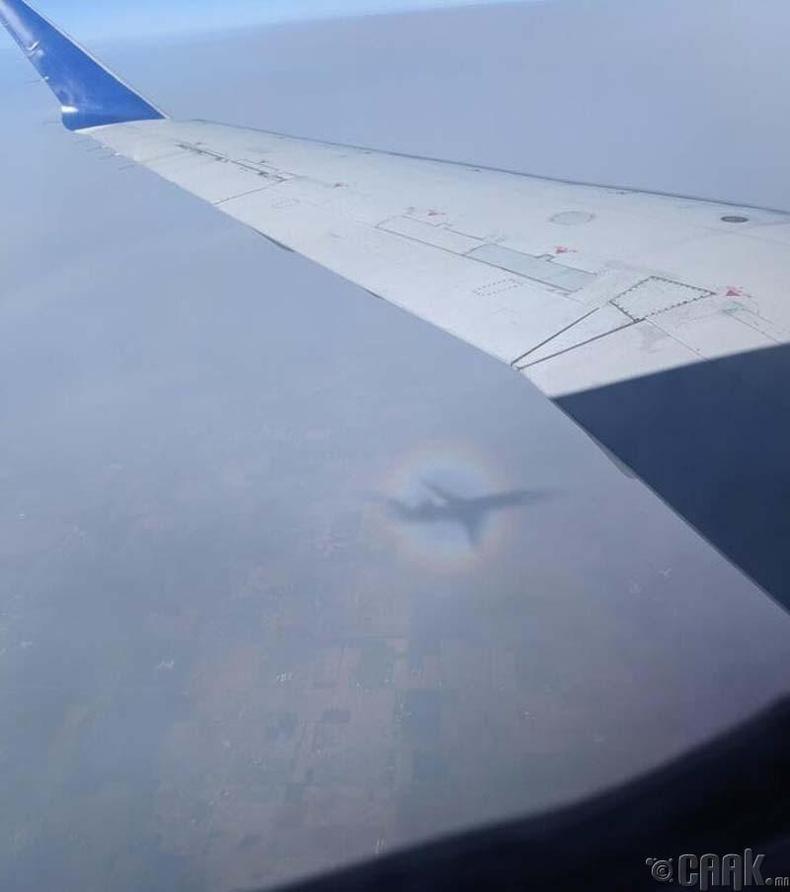 Онгоцны сүүдэр