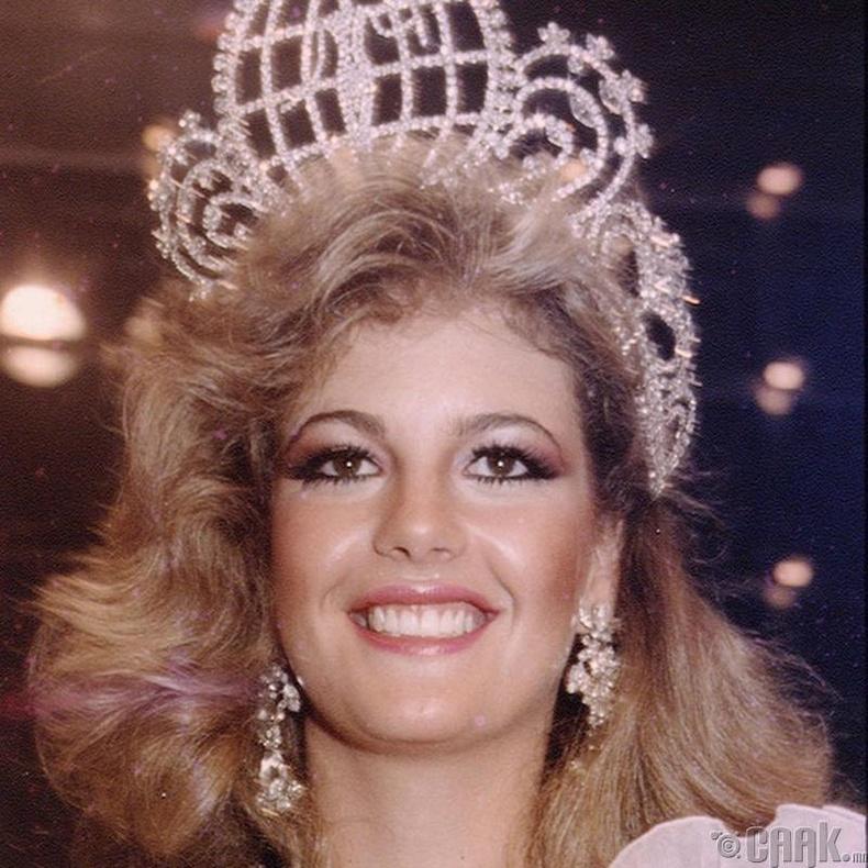 """Miss Universe-1981""-ын ялагч: Венесуэлийн гоо бүсгүй Ирен Саез, 19 настай, 178 см өндөр."