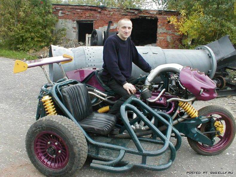 """""""ГАЗ 53"""" машины суурин дээр хурдны мангас бүтээжээ"""