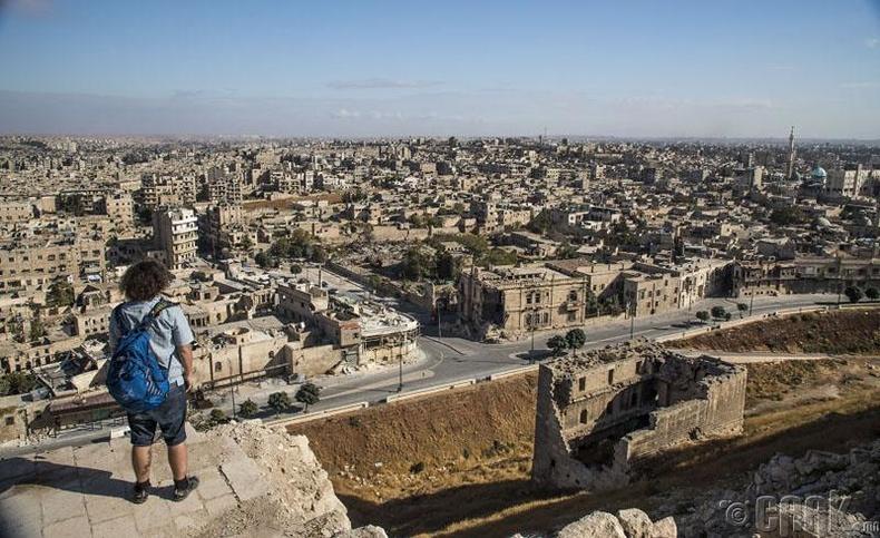 """""""Aleppo Citadel""""-ийн дээрээс"""
