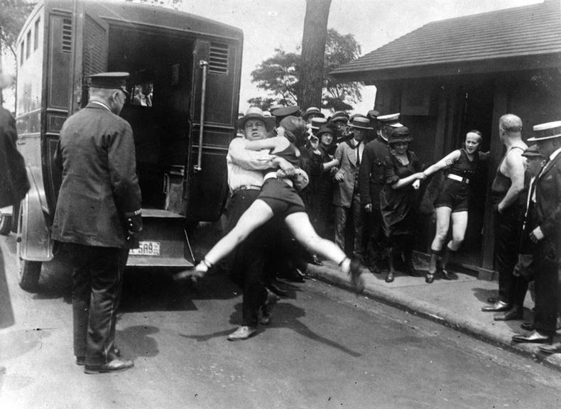 XX зуунд гэмт хэрэгтнүүдийг хэрхэн шийтгэдэг байсан бэ?