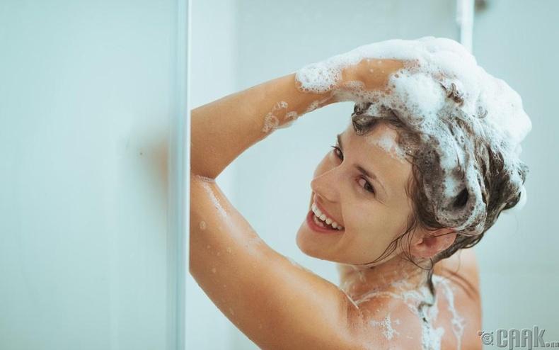 Үс угаах