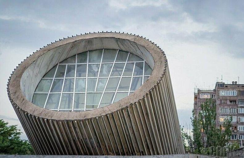 Еритасардакан буудал, Ереван