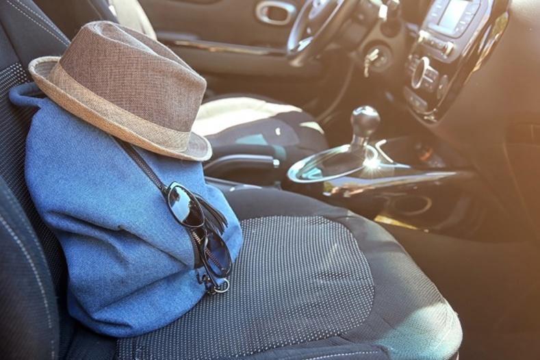 Таны машинд заавал байх ёстой 8 зүйл