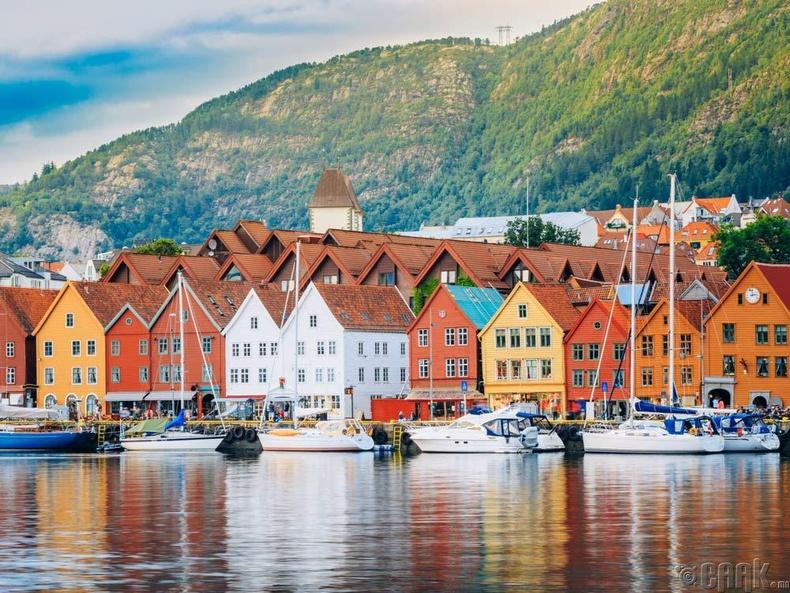 Бид бодохдоо: Дэлхийн хамгийн хойд зүгт оршдог улс бол Норвеги