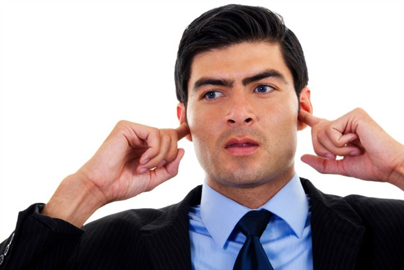 Яагаад дандаа гомдлын үг сонсох ёстой гэж?
