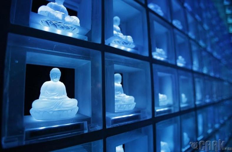 Болор будда бүхий оршуулгын газар