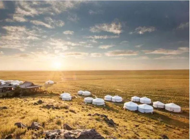 """Three Camel Lodge"", Монгол"