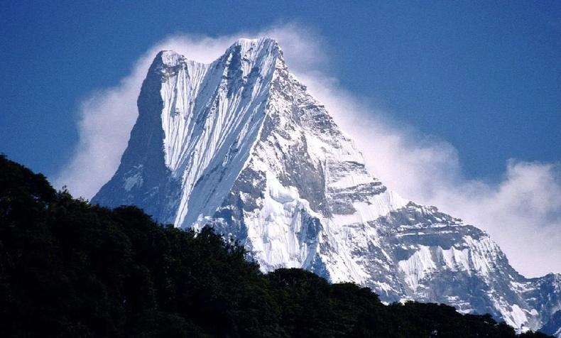 Оройд нь хүний мөр гараагүй, дэлхийн хамгийн сүрдэм уулс
