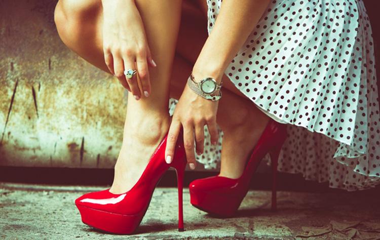 Бүсгүйчүүдэд зориулсан хувцас загварын үнэтэй зөвлөгөөнүүд