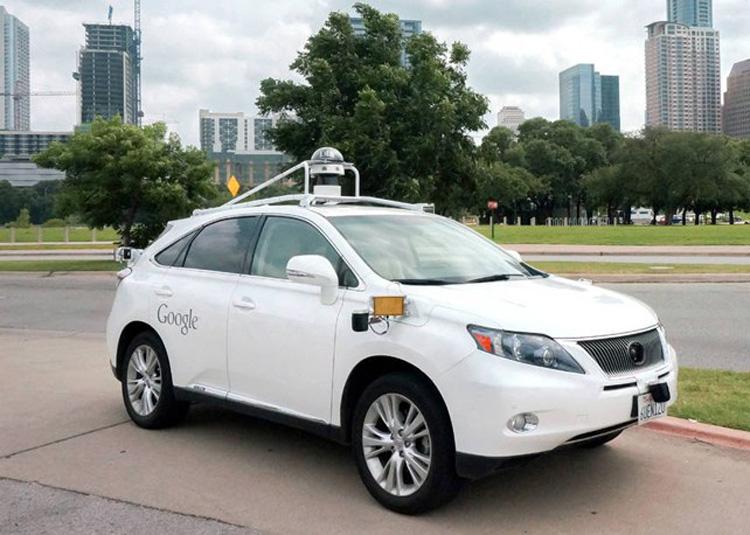 """""""Google""""-ийнхэн жолоочгүй машинаа амжилттай туршжээ"""