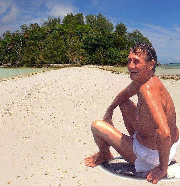 Худалдаж авсан арал дээрээ 39 жил амьдарчээ