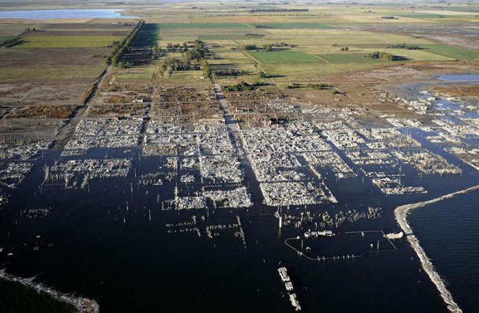 Усанд живсэн хот 25 жилийн дараа гарч иржээ