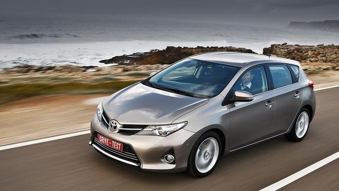 Шинэхэн хэтчбек Toyota Auris
