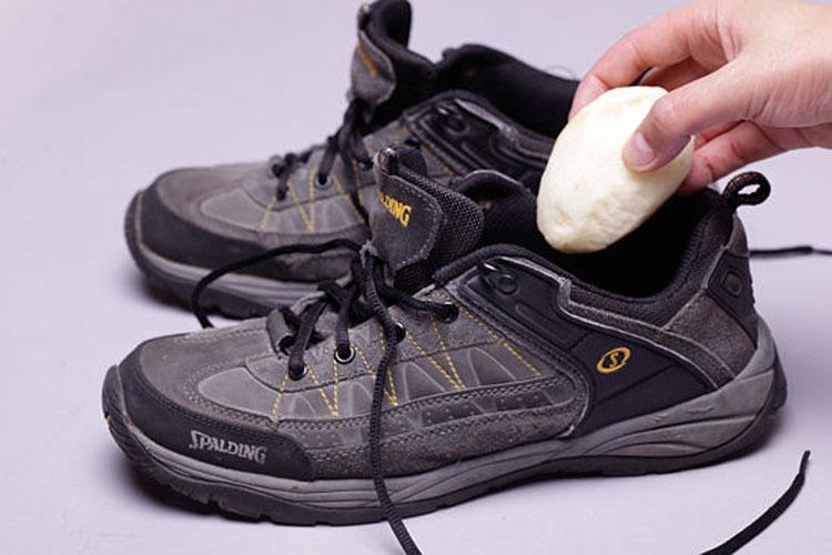 Гуталны эвгүй үнэр арилгах хялбар аргууд