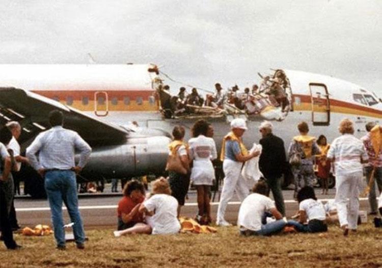 Түүхэнд өөрчлөлт хийсэн онгоцны ослууд