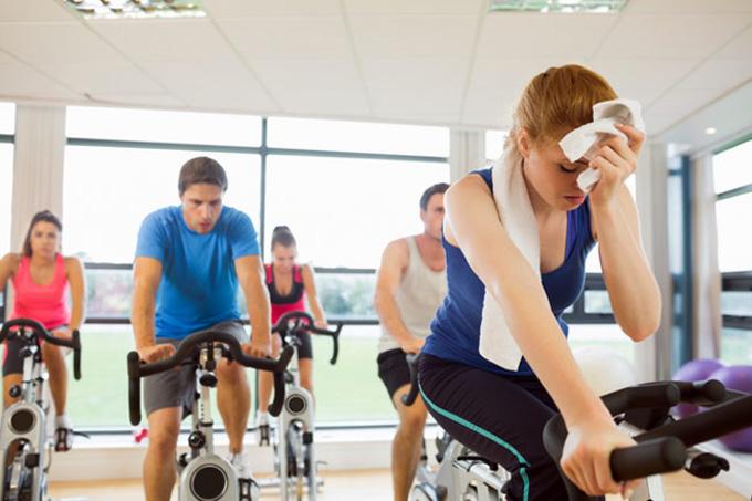 Фитнесст явахдаа хийж болохгүй 9 зүйл