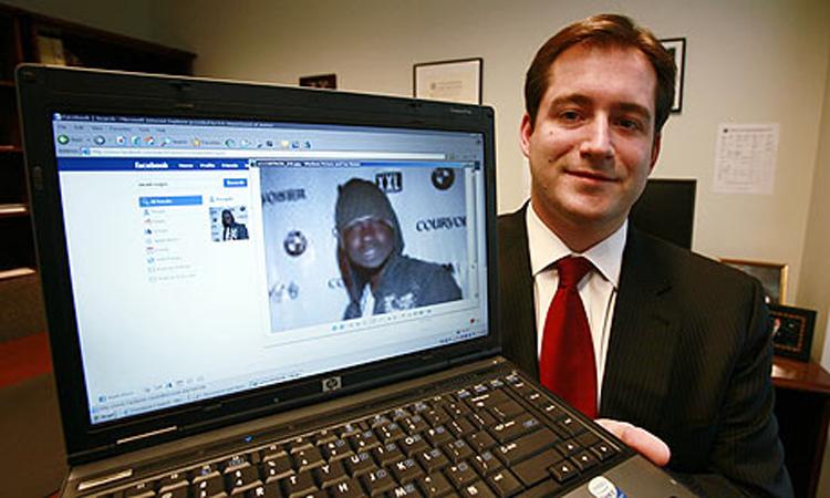 Фэйсбүүкээс болж баривчлагдсан хүмүүс