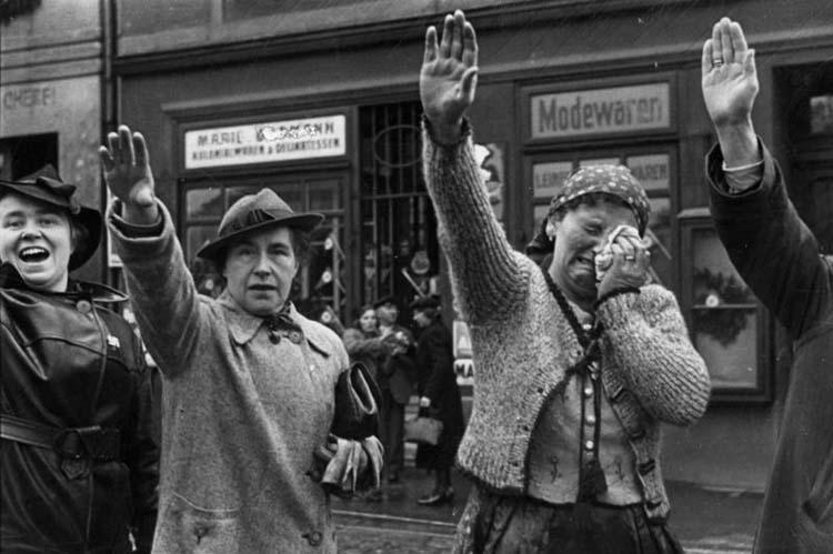 Фашистуудын алдарт ёсолгоо хаанаас үүсэлтэй вэ?