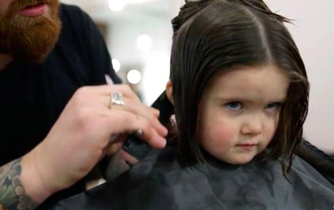3 настай охин үсээ хандивлажээ