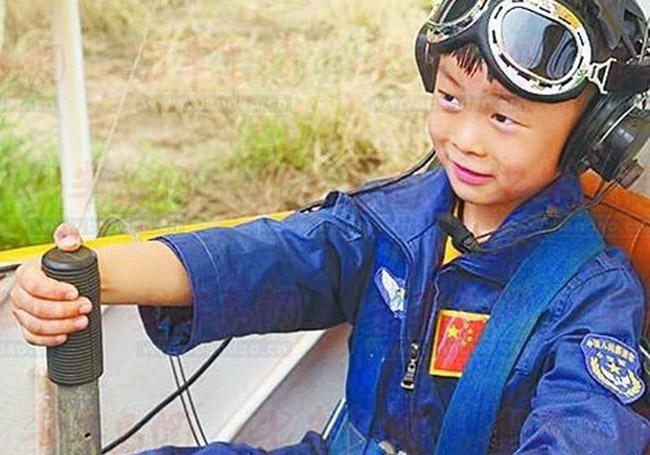 Дэлхийн хамгийн бяцxан нисгэгч