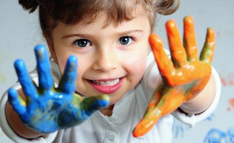 Хүүхдүүд хайрыг юу гэж боддог вэ?