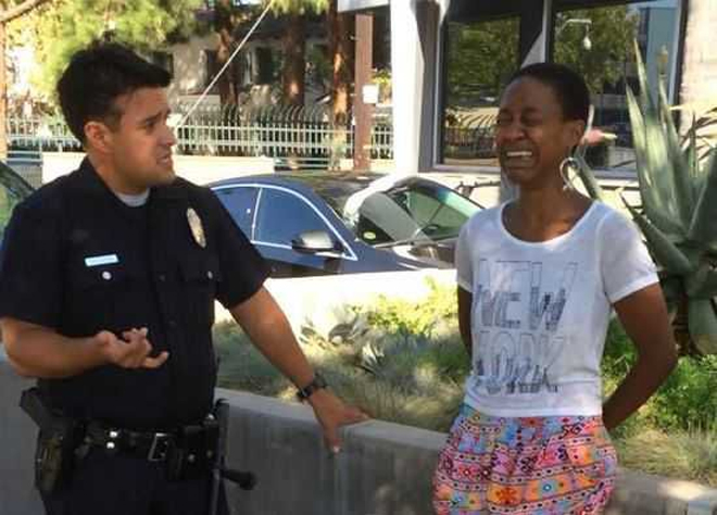 Нөхрийгөө үнссэнийх нь төлөө баривчилжээ