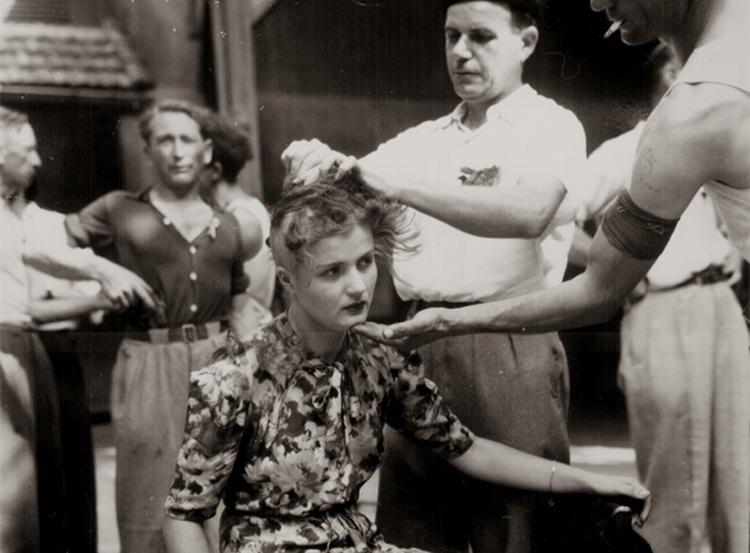 Дэлхийн хоёрдугаар дайнаас үлдсэн түүхэн зурагнууд