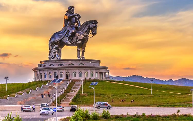 Гадныхан Чингис хааны генийг судалжээ