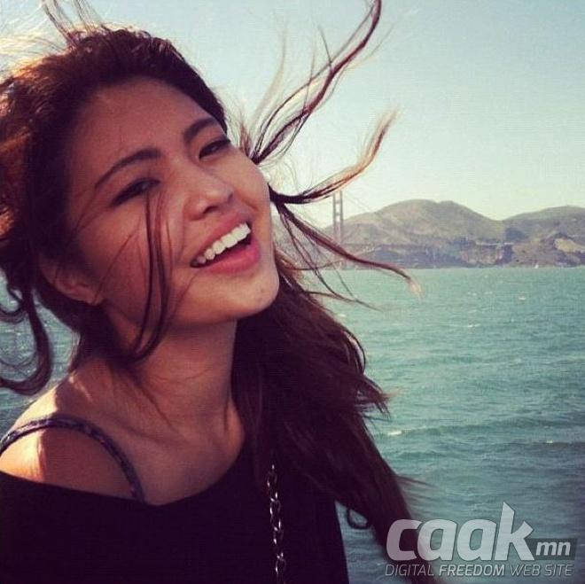Монголын үзэсгэлэнт охид (100 фото) №125