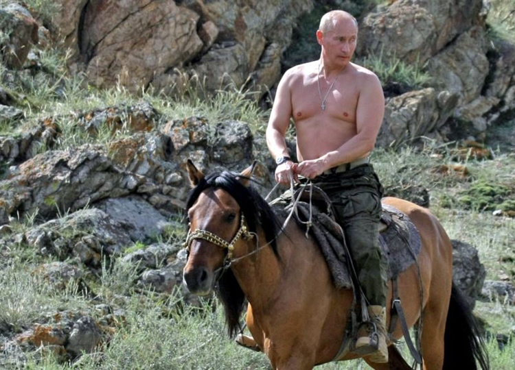 Путин чөлөөт цагаа хэрхэн өнгөрөөдөг вэ?