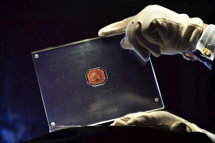 Дэлхийд хамгийн үнэтэй маркийг 20 сая доллараар зарна