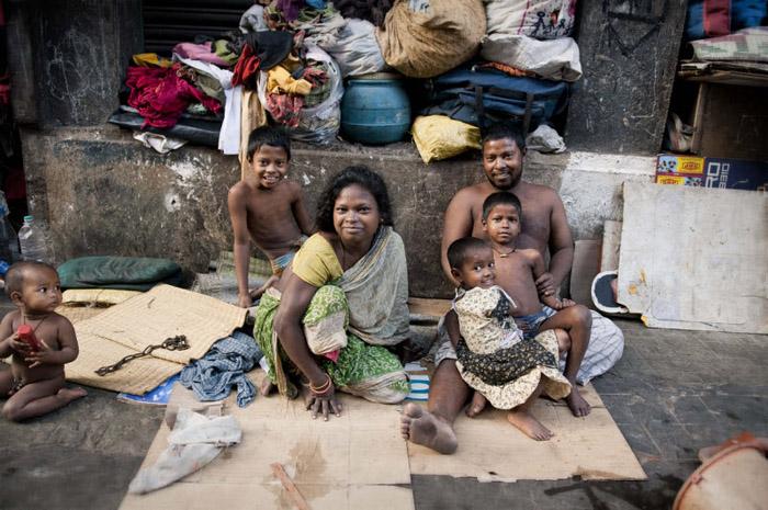 Ядуу хүн гудиггүй гэж...